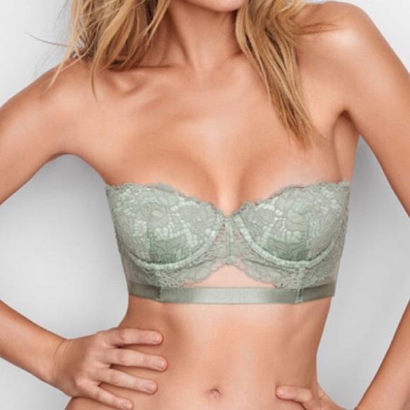 0f01b326bc0 NWT Victoria s Secret Lace Bustier Strapless Bra